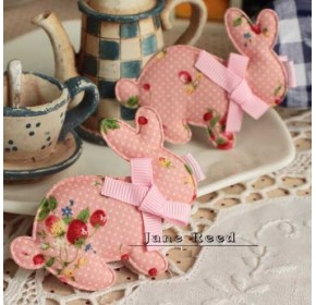 Clippies - Korean Handmade Cute Bunny Shape Clippies - PINK (1 pc)