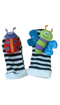 LAMAZE Foot Finder (1 Pair) Garden Bugs