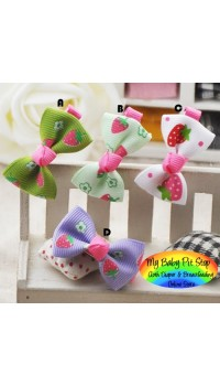 Clippies - Printed Colorful Ribbon Bow Clippies -Strawberry (1 pair)